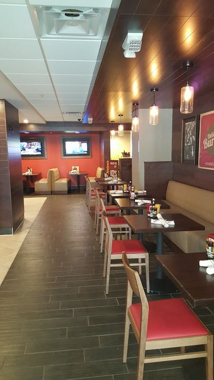 Dining   Holiday Inn Columbus Downtown Capitol Square