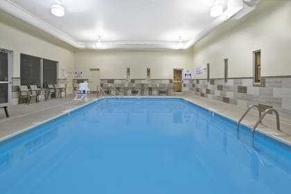 Pool   Holiday Inn Columbus Downtown Capitol Square