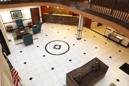 Lobby   Best Western Hospitality Hotel & Suites