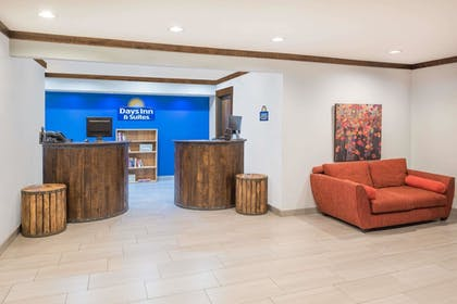 Reception | Days Inn by Wyndham Osage Beach Lake of the Ozarks