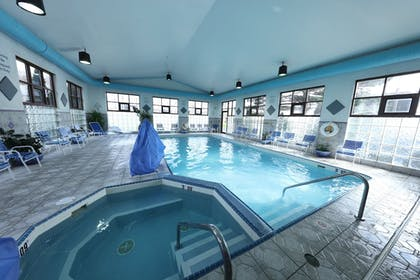 Pool | Candlewood Suites Grand Rapids Airport