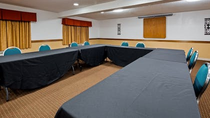Meeting Facility | SureStay Plus Hotel by Best Western Oklahoma City North