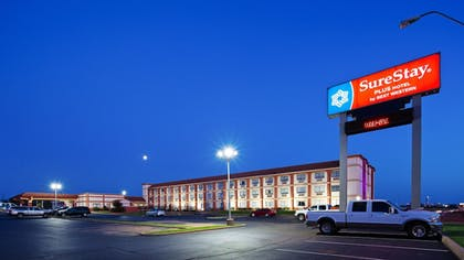 Exterior | SureStay Plus Hotel by Best Western Oklahoma City North
