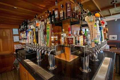 Hotel Bar | The Essex, Vermont's Culinary Resort & Spa