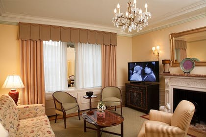 Living Area | The Sherry Netherland