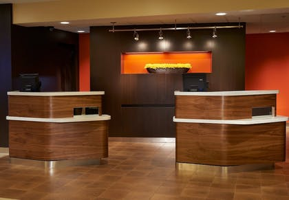 Lobby | Courtyard by Marriott Indianapolis Castleton