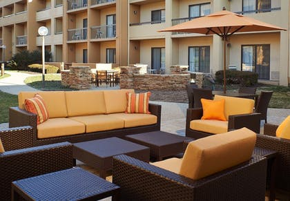 Terrace/Patio | Courtyard by Marriott Indianapolis Castleton