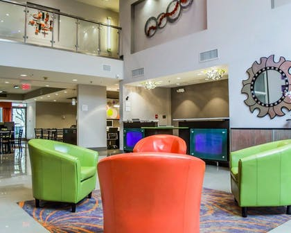 Lobby | Quality Suites Fort Myers - I-75