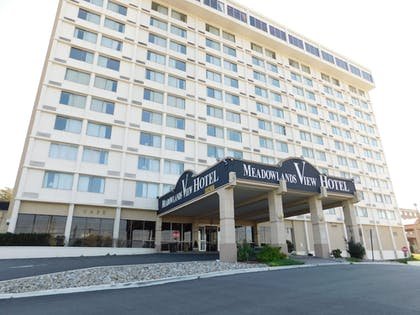 Featured Image |  | Meadowlands View Hotel