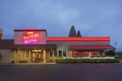 Restaurant | Red Lion Hotel & Conference Center - Seattle/Renton