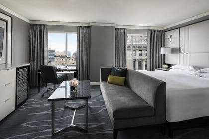 Guestroom | The Ritz-Carlton, Cleveland