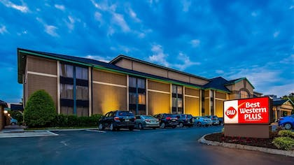Exterior | Best Western Plus Cedar Bluff Inn