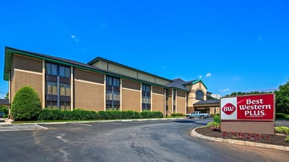 Featured Image | Best Western Plus Cedar Bluff Inn