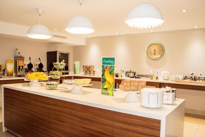 Breakfast Area | Quality Inn & Suites By the Parks