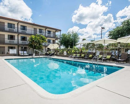 Pool | Quality Inn & Suites By the Parks