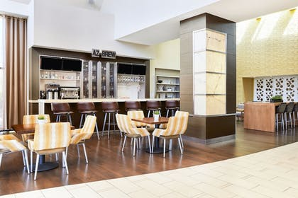 Hotel Bar | Delta Hotels by Marriott Phoenix Mesa