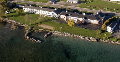 Property Grounds | Baymont by Wyndham St. Ignace Lakefront