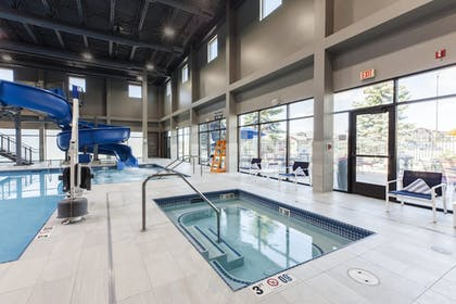 Sports Facility | Delta Hotels by Marriott Fargo