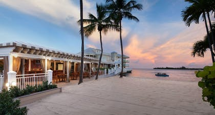 Featured Image | Pier House Resort & Spa
