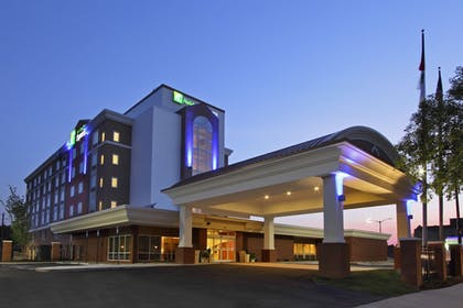 Featured Image | Holiday Inn Express Augusta Downtown