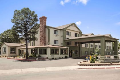 Featured Image | Days Inn & Suites by Wyndham East Flagstaff