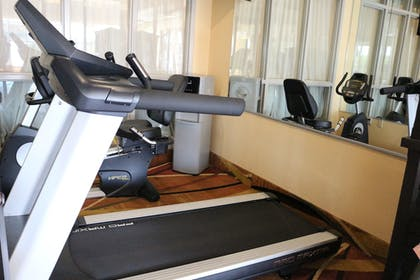 Gym | Best Western Knoxville Suites - Downtown