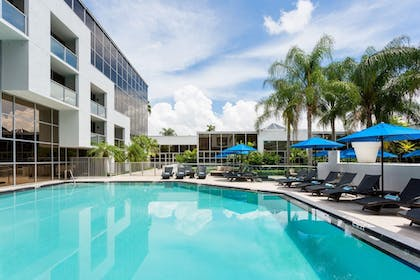 Outdoor Pool | Sawgrass Grand Hotel and Suites Sports Complex