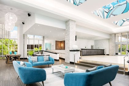 Hotel Interior | Sawgrass Grand Hotel and Suites Sports Complex
