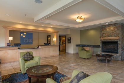 Exterior | Holiday Inn Express Portland East - Troutdale