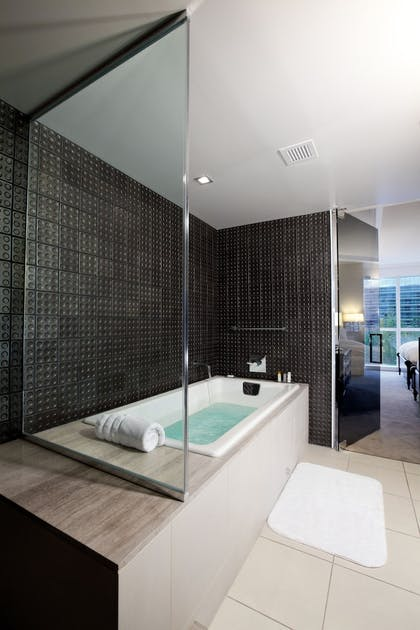 Deep Soaking Bathtub | Hard Rock Hotel and Casino