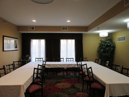Meeting Facility | Holiday Inn Express Cloverdale - Greencastle