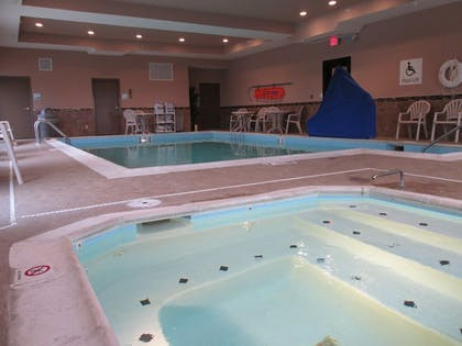 Pool | Holiday Inn Express Cloverdale - Greencastle
