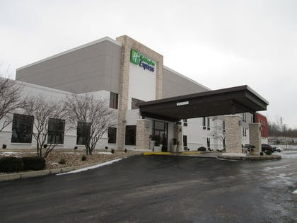 Exterior | Holiday Inn Express Cloverdale - Greencastle