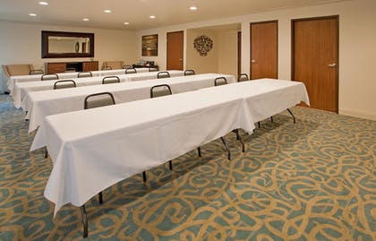 Meeting Facility | Holiday Inn Express Hotel & Suites Branson 76 Central