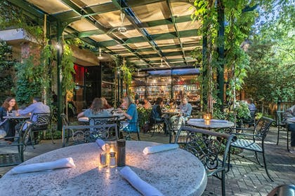 Outdoor Dining | O.Henry Hotel