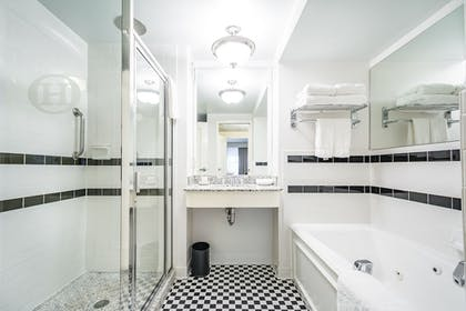 Jetted Tub | O.Henry Hotel