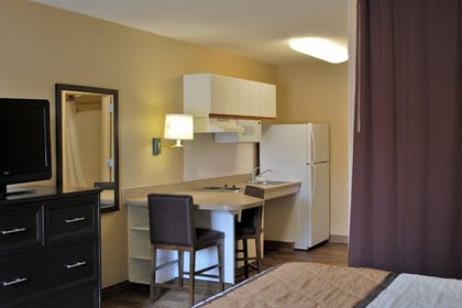 Guestroom | Extended Stay America Orange County - Cypress
