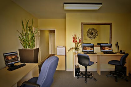Business Center | Grand Pacific Palisades Resort & Hotel