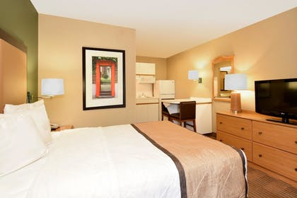 Guestroom | Extended Stay America Boca Raton - Commerce