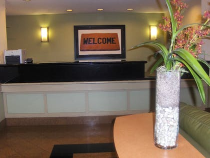 Lobby | Extended Stay America - Atlanta-Marietta-Interstate N. Pkwy