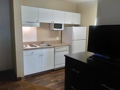 In-Room Kitchen | Extended Stay America - Columbus - Polaris