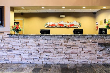 Lobby | Clarion Suites Downtown Anchorage