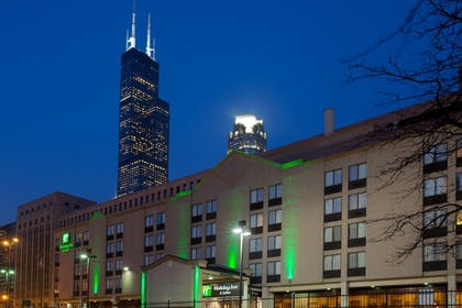 Featured Image | Holiday Inn & Suites Chicago - Downtown