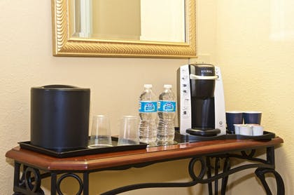 In-Room Coffee | Holiday Inn & Suites Chicago - Downtown