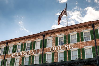 Exterior detail | The Marshall House,Historic Inns of Savannah Collection