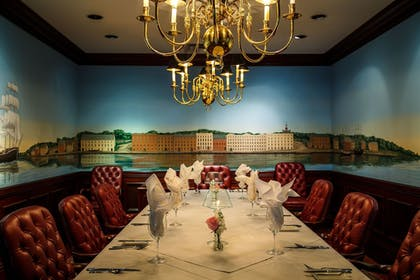 Executive Lounge | The Marshall House,Historic Inns of Savannah Collection