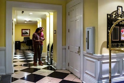 Concierge Desk | The Marshall House,Historic Inns of Savannah Collection