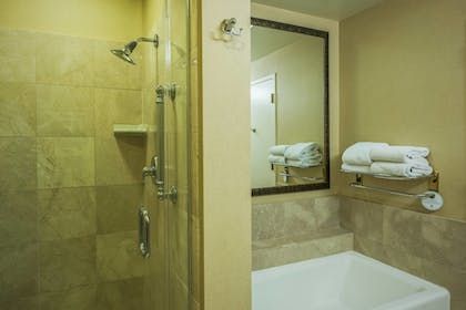 Guestroom   Scottsdale Marriott at McDowell Mountains