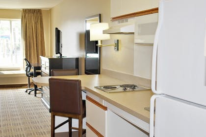 Guestroom   Extended Stay America - Washington D.C. - Alexandria - Eisenhower Ave.