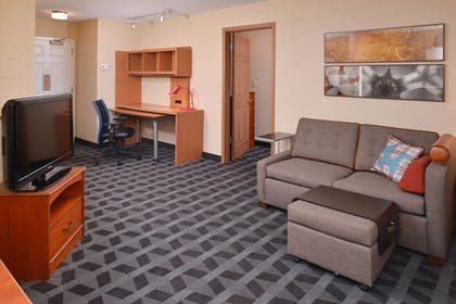 Guestroom | Towneplace Suites By Marriott St Charles